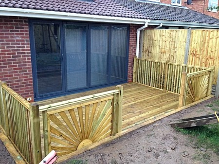 timber decking worcestershire
